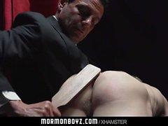 Mormonboyz - Naked nuori nuorukainen rangaistaan hänen rikoksestaan