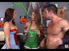 Halloween The toimisto Nicole Aniston , henkilön Monique Aleksanterin