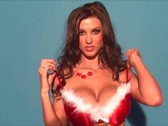 Alice Goodwin ist ein Große Brüste Christmas Miracle