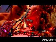 Enfeitando os salões com Charley e Heather