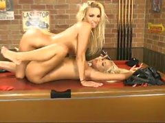 Dannii Harwood & Lucy Summers quente sexo telefone UK