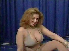 Bigboobs Pakistán tiíta de danza desnudos en su dormitorio