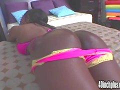 Big booty Ebony Jada Fire