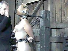 Kiihkeä ala orjana pillu rangaistu till orgasmi