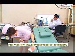 De Akiho Enfermera asiática Sexy Yoshizawa la disfruta de molestar al médico