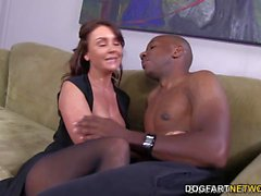 Janet Mason tente Mandingues Huge Cock noir