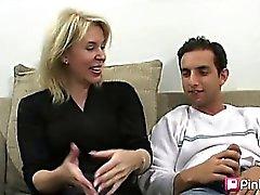 rubia mamada peludo