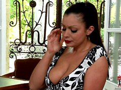 Aria Giovanni ve Carmen Croft