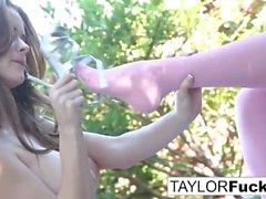 Emily Addison e Taylor Vixen
