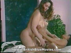 Dona Ambrose aka de Danica de Collins Retro British Lesbienne porno gratuit