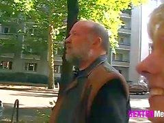 vieux jeune blowjobs blondes allemand hardcore