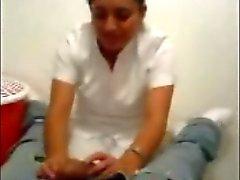 Enfermeira turco Lambendo e brincando com Dick