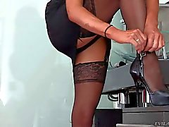 MILF in black Veronica Avluv spreads for Manuel Ferrara