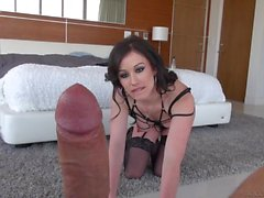 Jennifer White Sucks Tjock Omskuren Dick