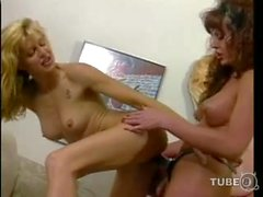 Hot vintage tranny and girl madness