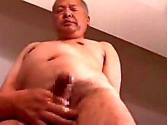 Japanilaisten aikuinen mies