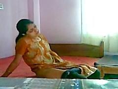 Smart Indian Hot Girl's Masturbation
