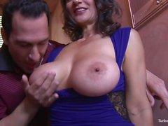 PERFECTMILF -COM - Big tits cougar persiske Monirs
