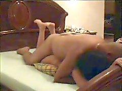 Arabische paar bij hotel - hidden cam