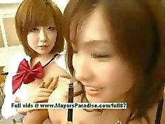 Nao Ayukawa och Rio Hanasaki oskyldiga stygg asiatiska skolflickor fan efter skolan