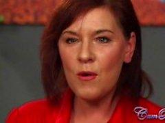 Britische Milf Wendy Taylors funktioniert CUM Bucket Herausforderung