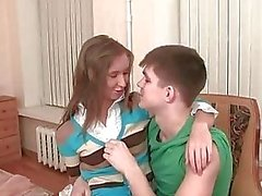 amateur porn teen amateur pipe forage teen pussy