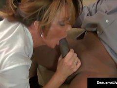 Milf Boss, Deauxma, kann nicht Feuer ihre besten Arbeiter schwarzen Schwanz!