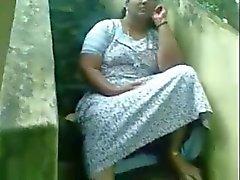 Sexy Indiase Kerala Rondborstige Aunty Pussy Show