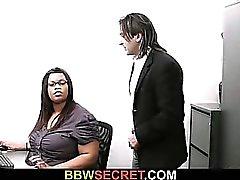 Браке шеф винтами черного секретарем и запускается лопнул