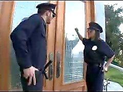 P.A.W.G politieagent krijgt een grote lul in haar kont