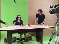 Ariella Ferrera haber gözlemcileri kaçırmamak verir