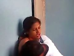 Indisch meisje met plezier