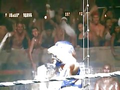 Кристины Агилеры : Dirrty Video