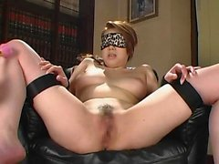 Asian amateur mature girl fucking doggystyle with cumshot
