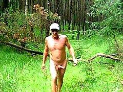 В лесах я просто обожаю получаете обнаженных вне помещений и кончает