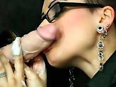 Spex euro sucking the gloryhole