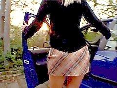 Blond обнаруживает белый парень со монстр Дика держаться в ее задницу