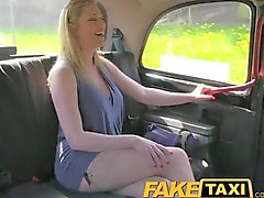 Taxi Driver gives blonde babe a creampie on backseat