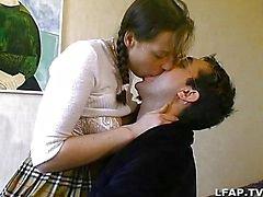 Francés par amateur teniendo sexo sobre la cama