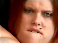 Kiimaisen rasvaa BBW Redhead kun tapasin Online imeviä ja ratsastaa kullia