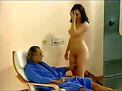Man kijken naar haar vrouw neuken met twee jongens