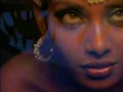 Indiase actrice Bipasha Basu zien tit :