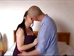 Gravid MILF knullas hårt