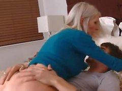 blond enseignant emma starr baise son élève
