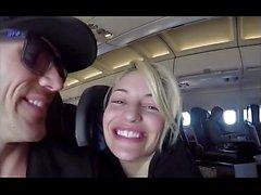 Pompini in un aereo