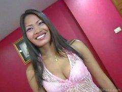Atractiva de chica asian