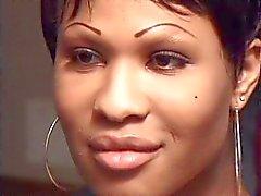 Ebony Ja Musta