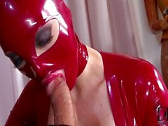 Anaal en latex FFM threesome