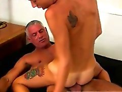 Boy eşcinsel seks tam boy Josh Ford kas dadd tür