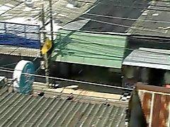 Thailand kutje geneukt in de rellen